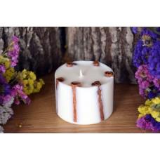 Laureta Candles aromātiskā rapšu vaska svece ar kanēli un krustnagliņu ēterisko eļļu